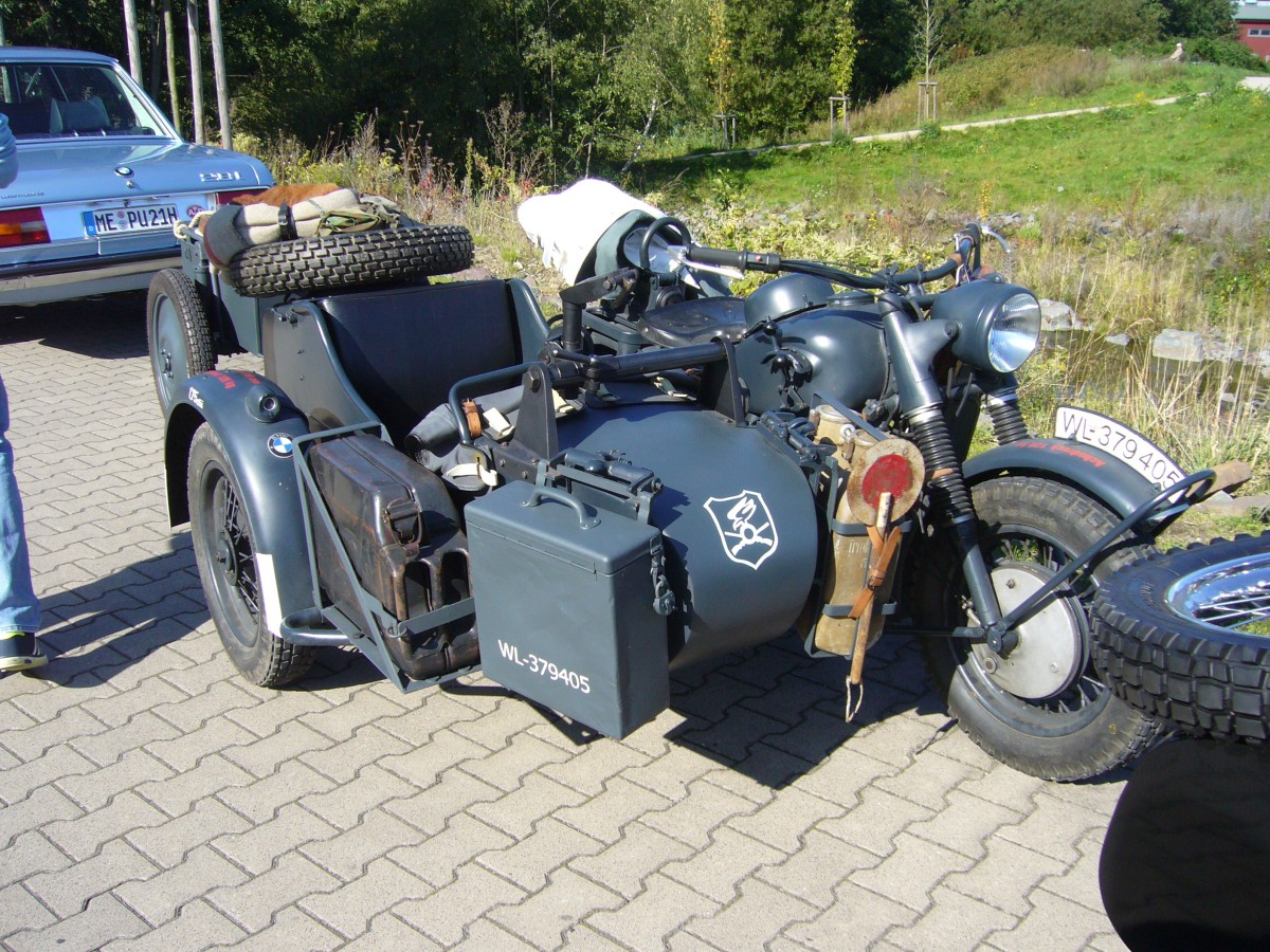 bmw r75 gespann mit angetriebenen seitenwagen 1941 1944 dieses gespann wurde in 16510. Black Bedroom Furniture Sets. Home Design Ideas