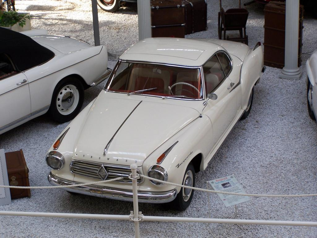 Borgward Isabella Coupé im Technikmuseum Speyer am 31.10.2005