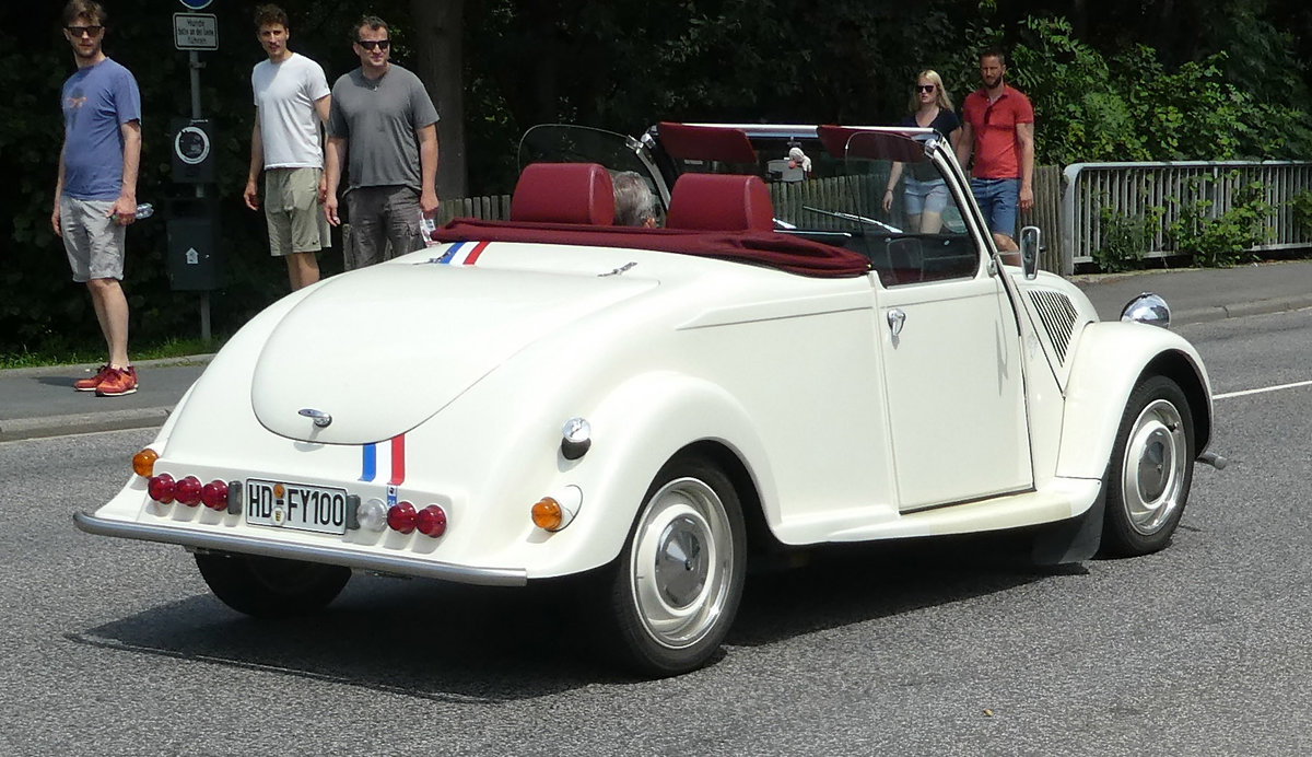 =Citroen 2 CV-Cabrio unterwegs in Bad Camberg im Juni 2019