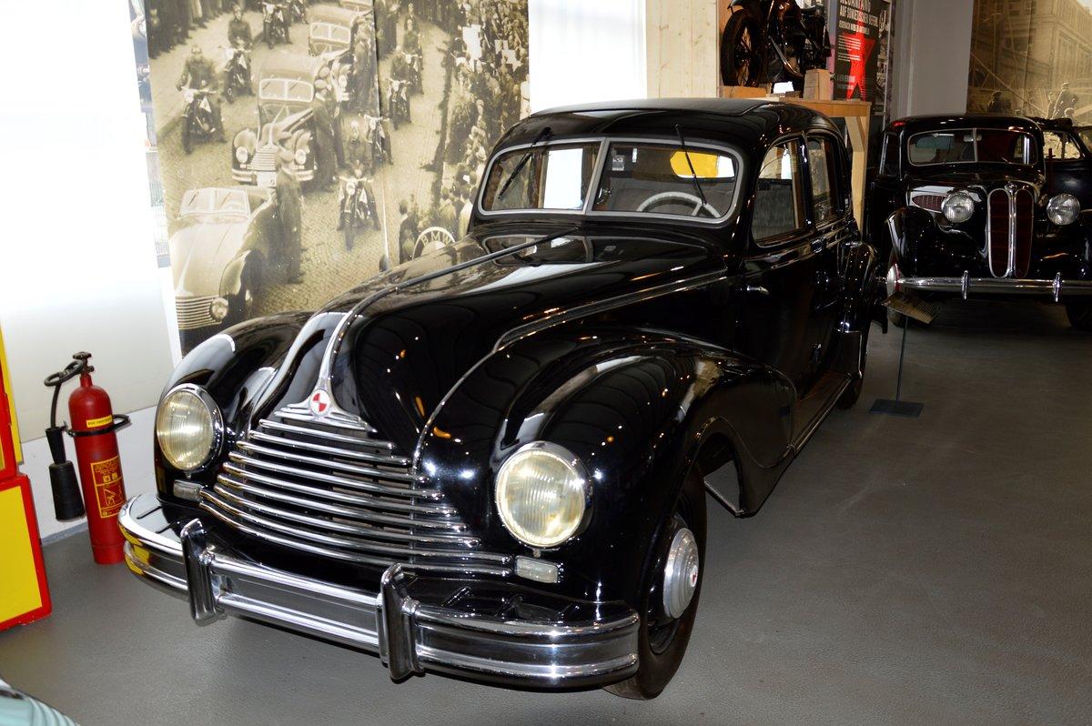 EMW 340-2, gebaut von 1952 bis 1955. Dieses Fahrzeugmodell ...