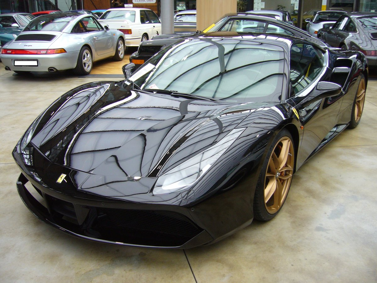 ferrari 488 gtb das 2015 vorgestellt modell 488 ist als gtb coupe oder 488 spider cabriolet. Black Bedroom Furniture Sets. Home Design Ideas