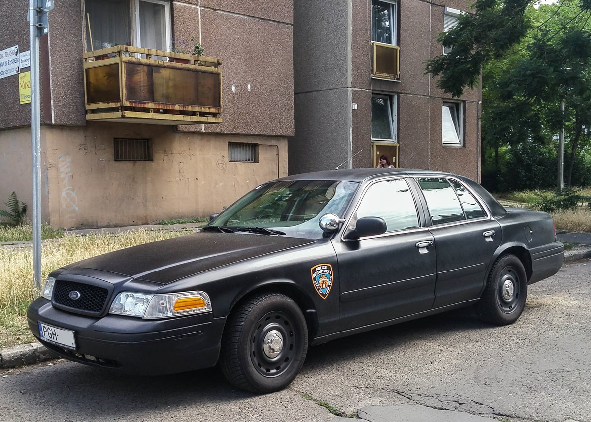 Ford Crown Victoria am 02.06.2018
