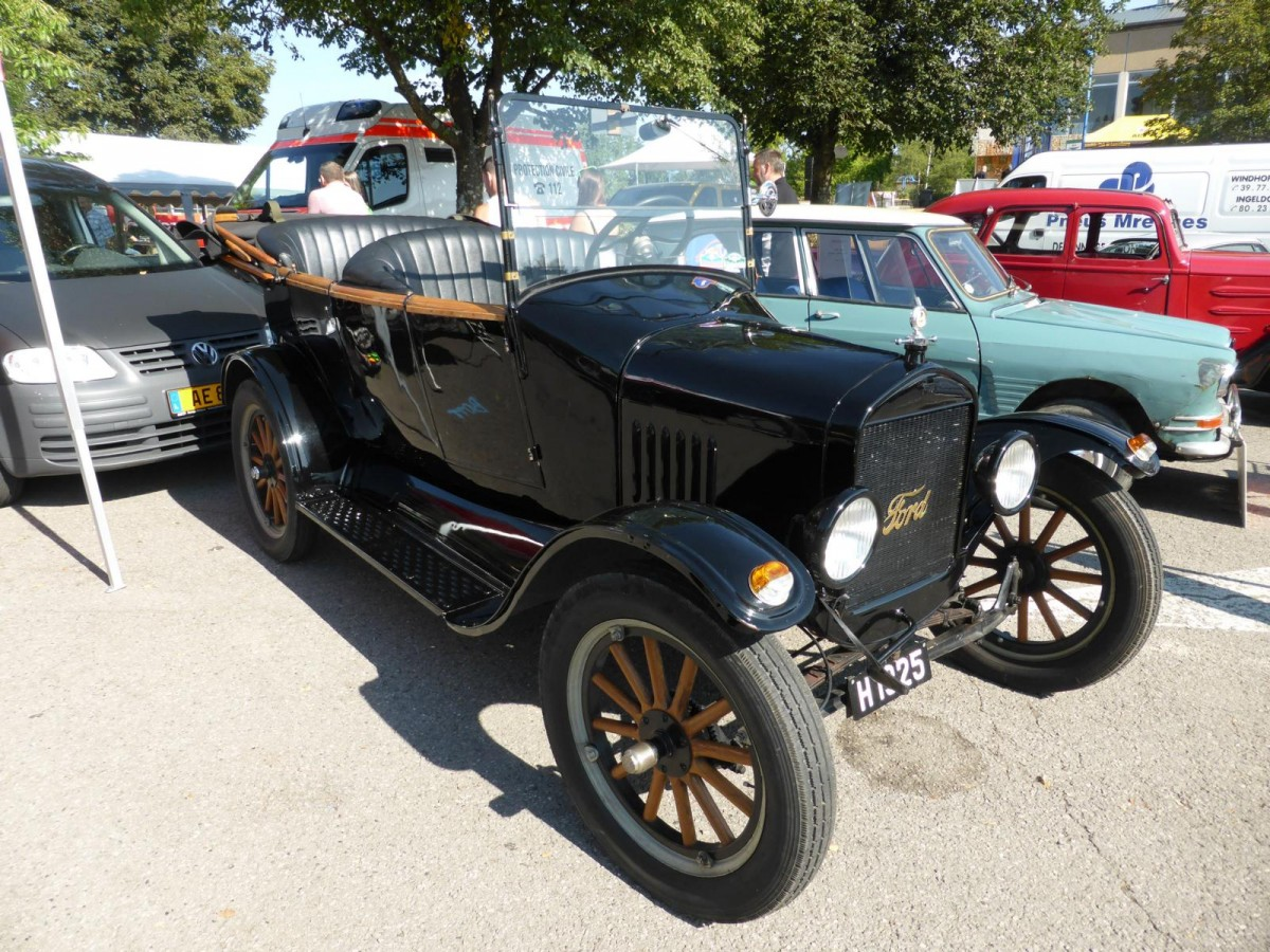 Ford Modell T, Vintage Cars & Bikes in Steinfort am 02.08.2015