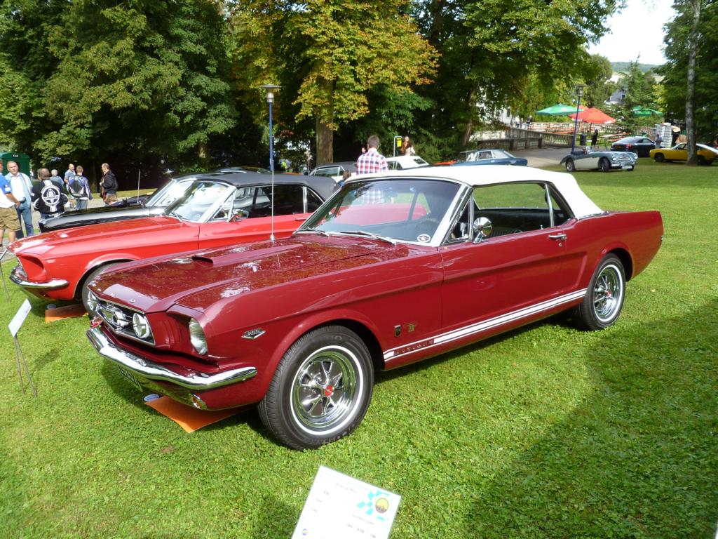 ford mustang cabriolet bei den luxembourg classic days in mondorf am. Black Bedroom Furniture Sets. Home Design Ideas