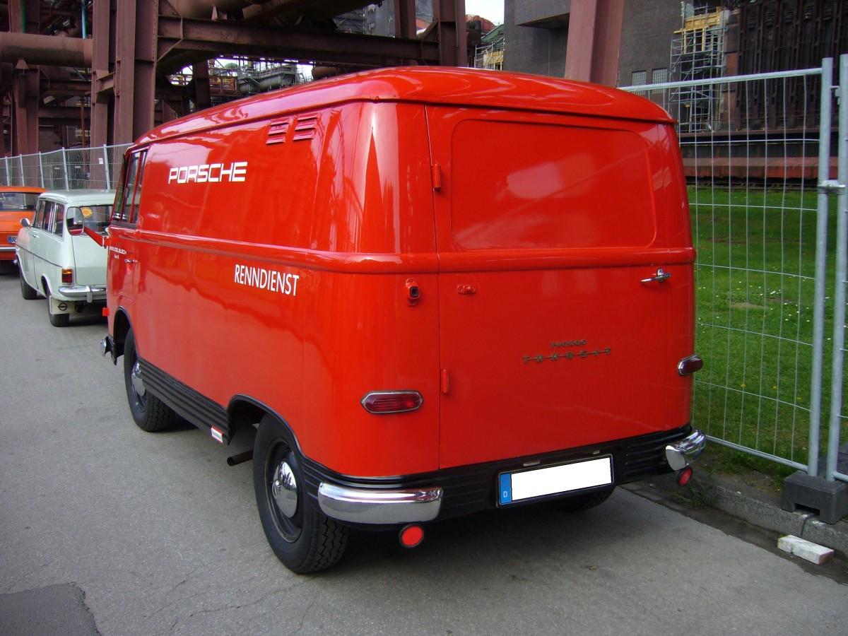 heckansicht eines ford transit kastenwagen 1961 1965. Black Bedroom Furniture Sets. Home Design Ideas