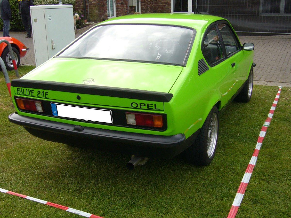 Heckansicht eines Opel Kadett C Rallye. 1977 - 1979. Opel ...