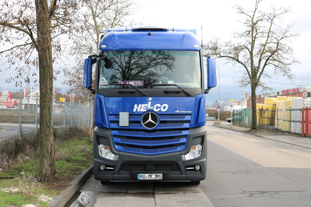 HELCO Mercedes Benz Actros am 06.01.19 in Hanau Hafen