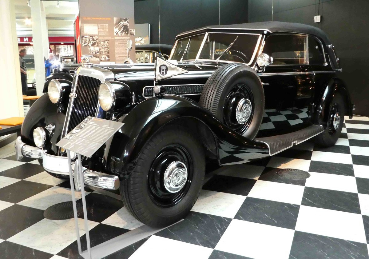 horch 930 v cabriolet bj 1939 gesehen im august horch museum zwickau juli 2016. Black Bedroom Furniture Sets. Home Design Ideas