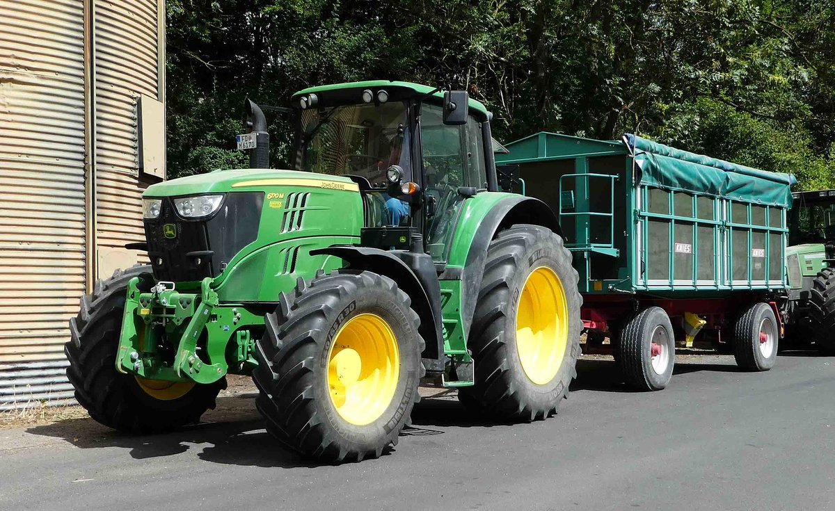 Ausmalbilder Traktor Mit Ladewagen : John Deere 6er Bis 9er Serie Fotos Fahrzeugbilder De