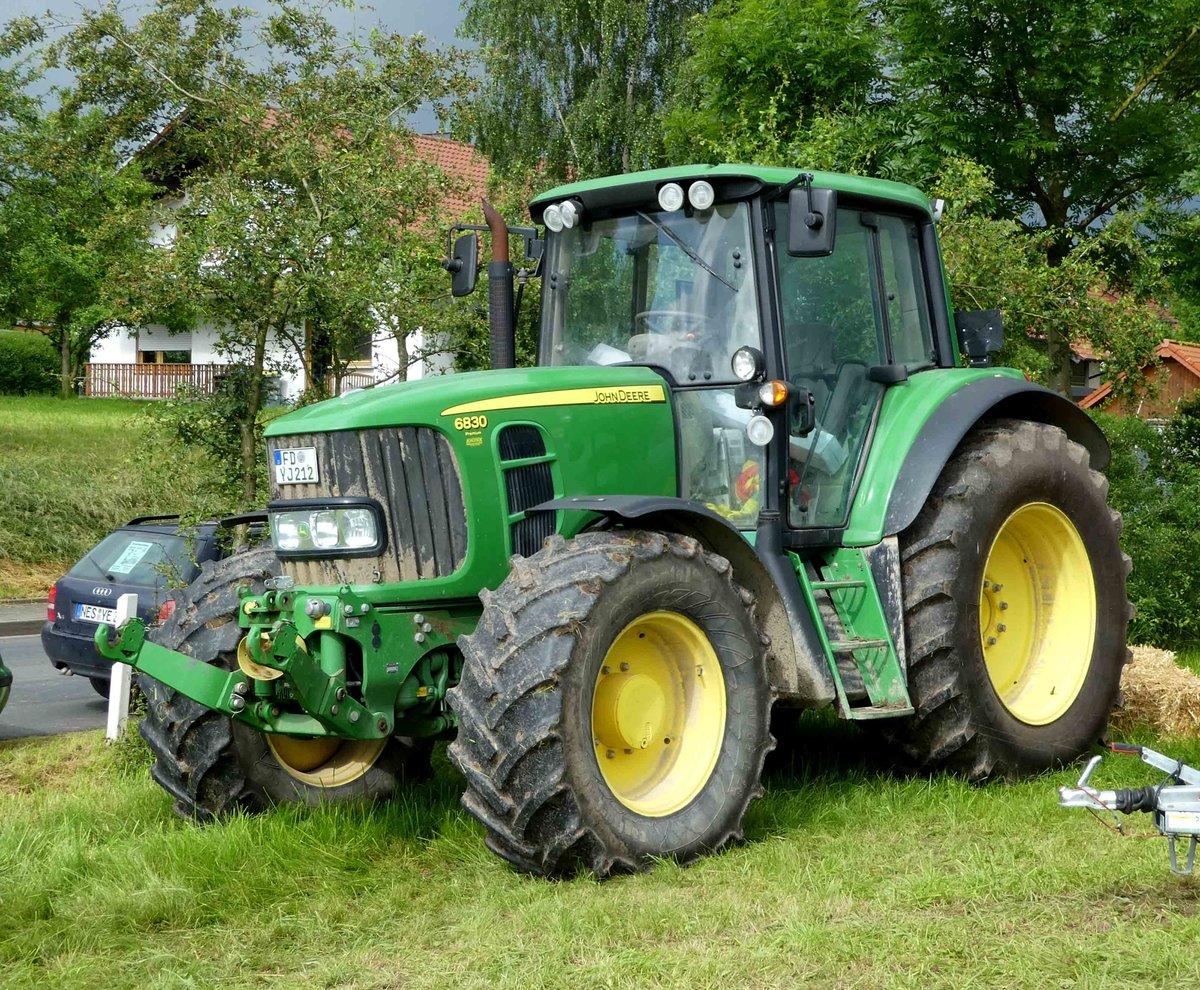 Ausmalbilder Traktor Mit Ladewagen : John Deere 6er Bis 9er Serie Fotos 3 Fahrzeugbilder De