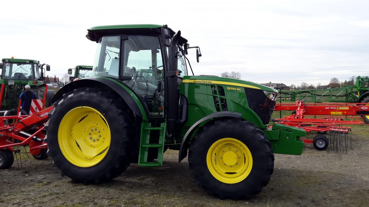 Ausmalbilder Traktor Mit Sämaschine : John Deere 6er Bis 9er Serie Fotos 3 Fahrzeugbilder De