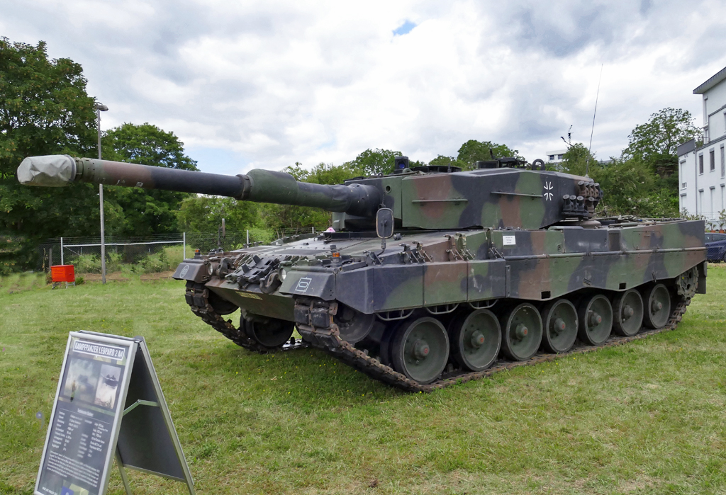 Kampfpanzer Leopard 2A4, 55 to, 1.495 PS in Koblenz - 15.06.2019