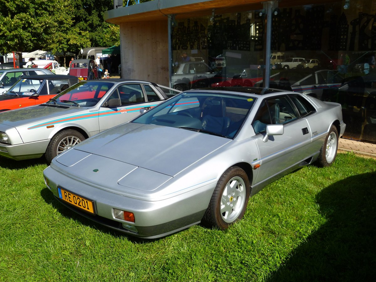 Lotus Esprit S2 Turbo, Vintage Cars & Bikes in Steinfort am 06.08.2016