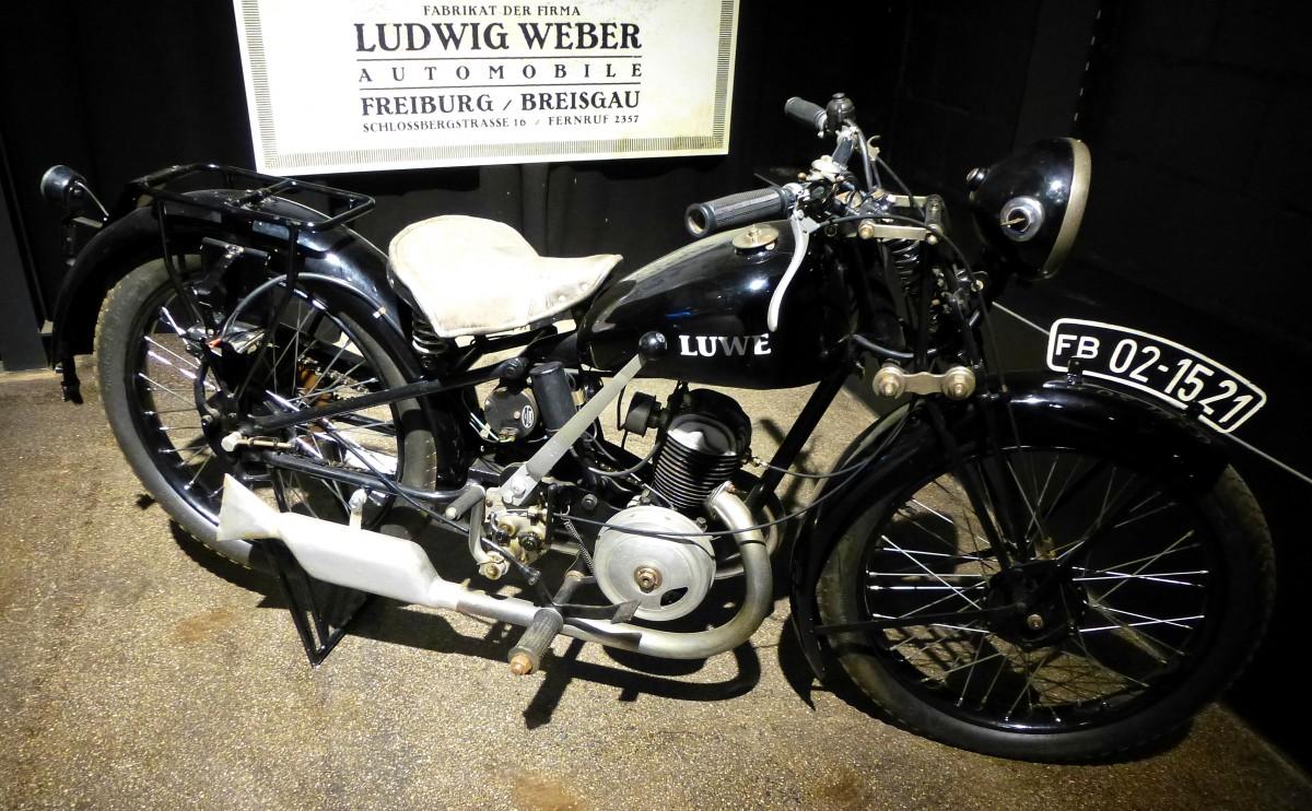 luwe oldtimer motorrad aus den 1920er jahren von der. Black Bedroom Furniture Sets. Home Design Ideas