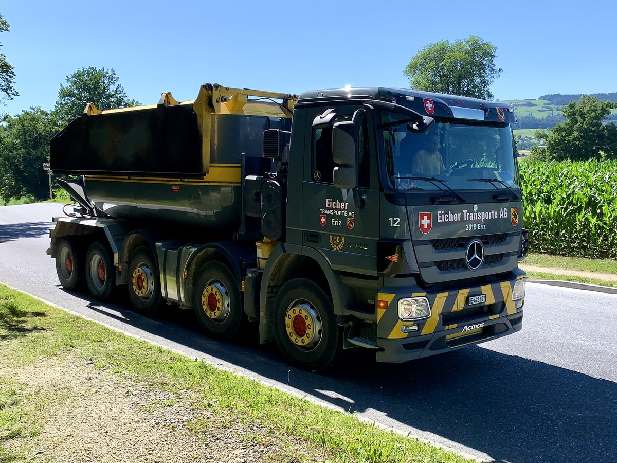 MB Actros Betontransporter von Eicher Transporte am 30.6.20 in Kiesen.
