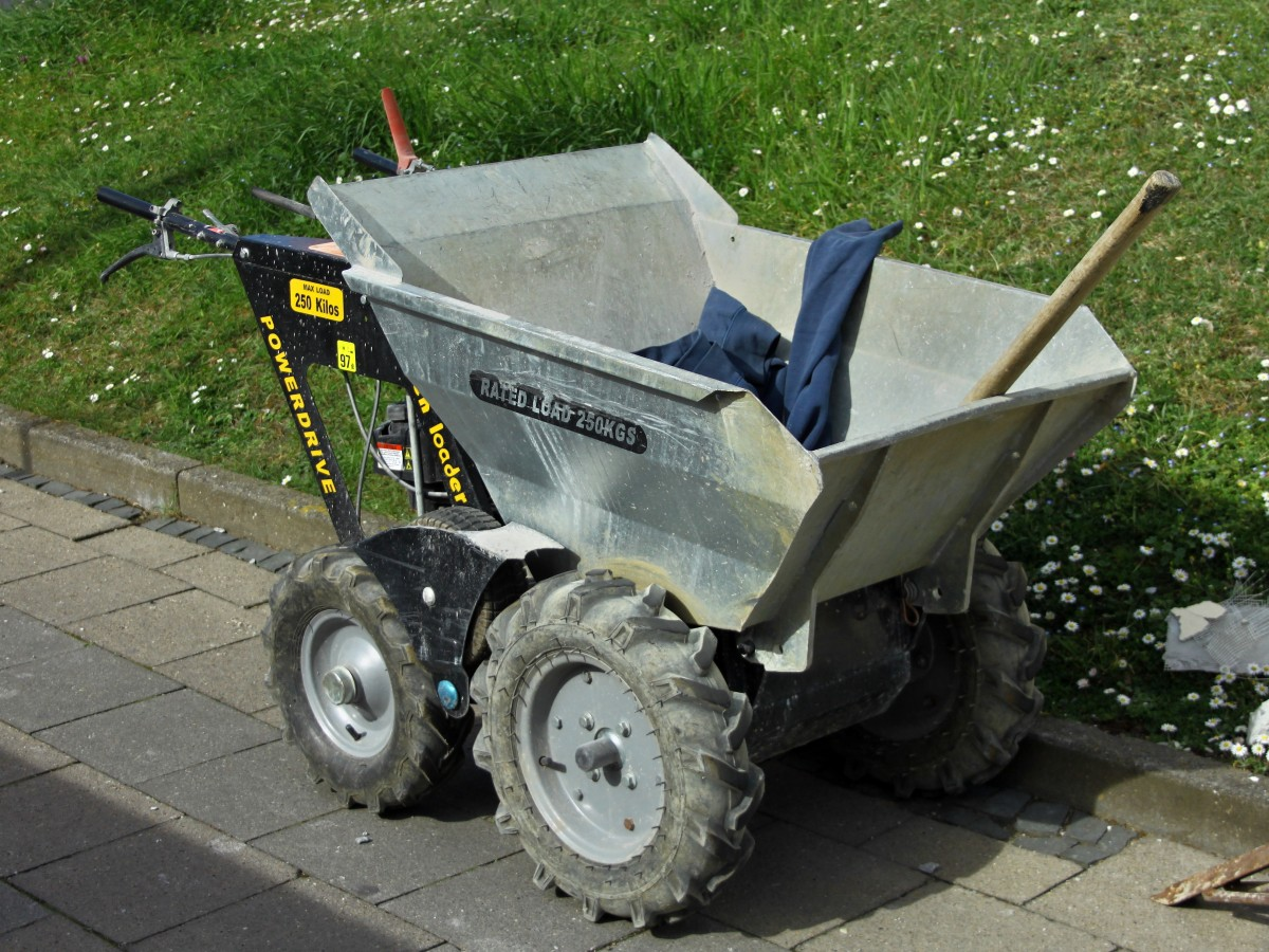 minidumper garden loader diese mit einem motor. Black Bedroom Furniture Sets. Home Design Ideas