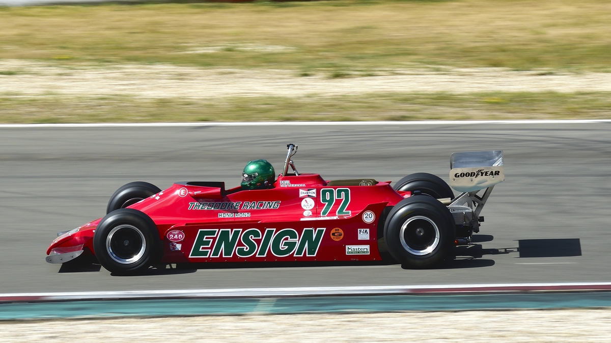 Mitzieher Ensign N 179,Bj 1979,Fahrer:Tattersall, Paul. 46. AvD-Oldtimer-Grand-Prix 2018, FIA Masters Historic Formula One Championship am 11.Aug.2018