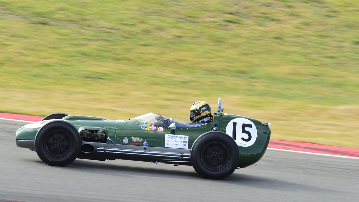 Mitzieher NR.15 Lotus 16 363, Bj.1958 Fahrer: Smith-Hilliard, Max. 46. AvD-Oldtimer-Grand-Prix 2018, Rennen 6 Historic Grand Prix Cars bis 1965 am 11.Aug.2018