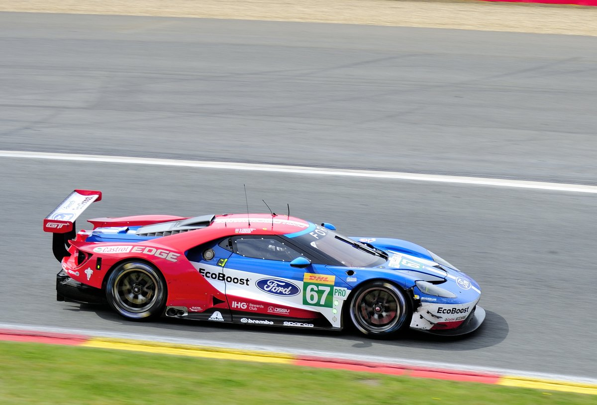 Mitzieher der Nr.67 LM GTE-Pro, Ford GT vom Einsatzteam Chip Ganassi Racing, Andy Priaulx, Harry Tincknell, Luís Felipe Derani, beim FIA WEC 6h Langstrecken- WM am 6.Mai 2017 in Spa Francorchamps