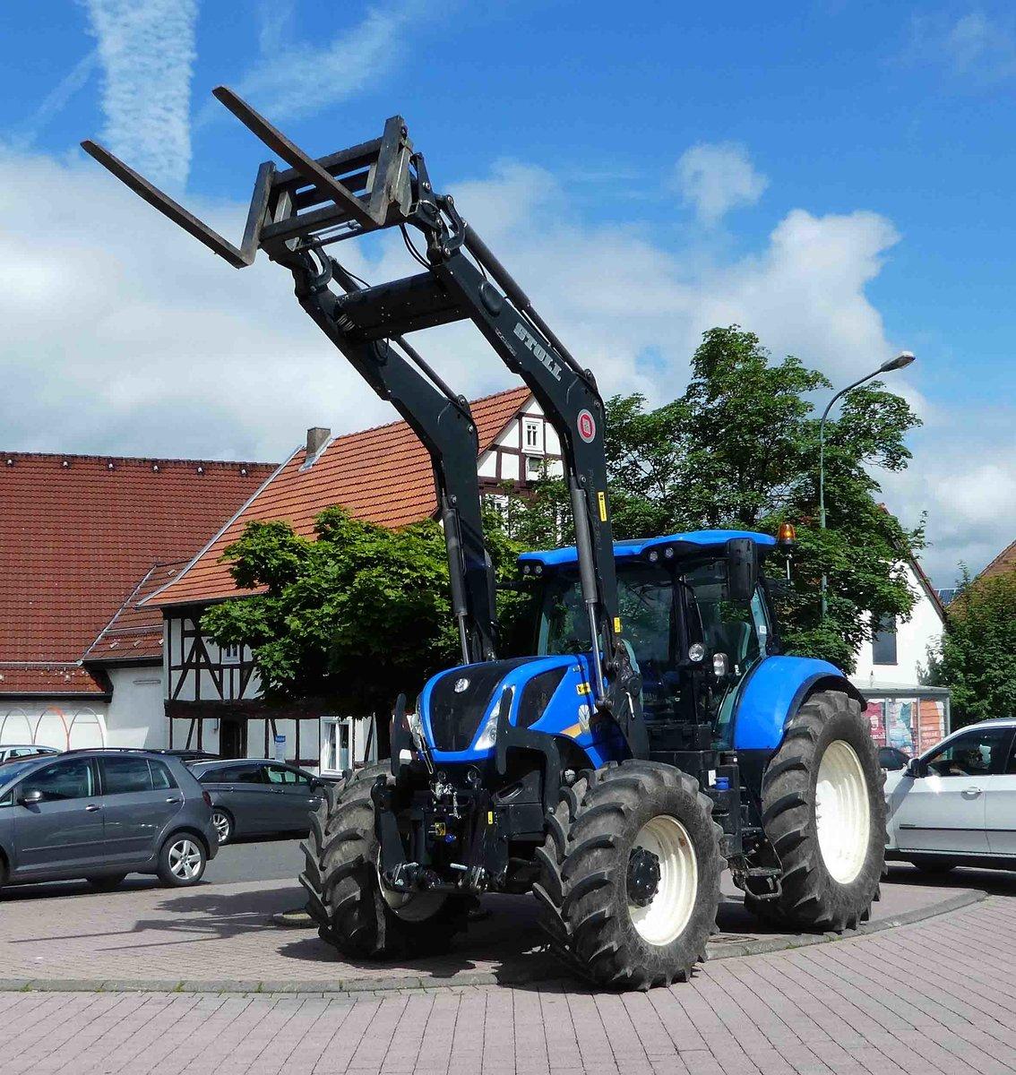 New Holland Fotos Fahrzeugbilder De