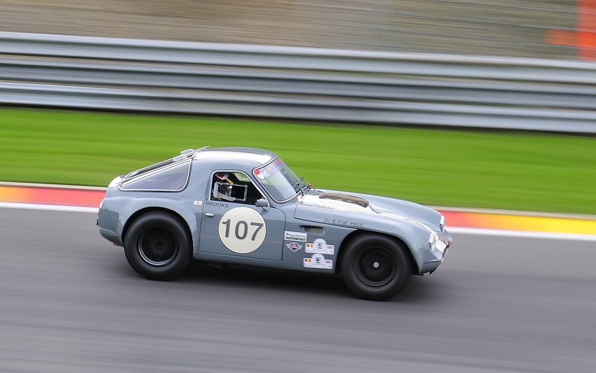 Nr.107, TVR Griffith Bj.1965, 4500ccm, Fahrer: BROOKS Bob (GBR) ,beim Closed Wheel Race, des Historic Sports Car Club im Rahmen der Classic SPA SIX HOURS 19.September 2015