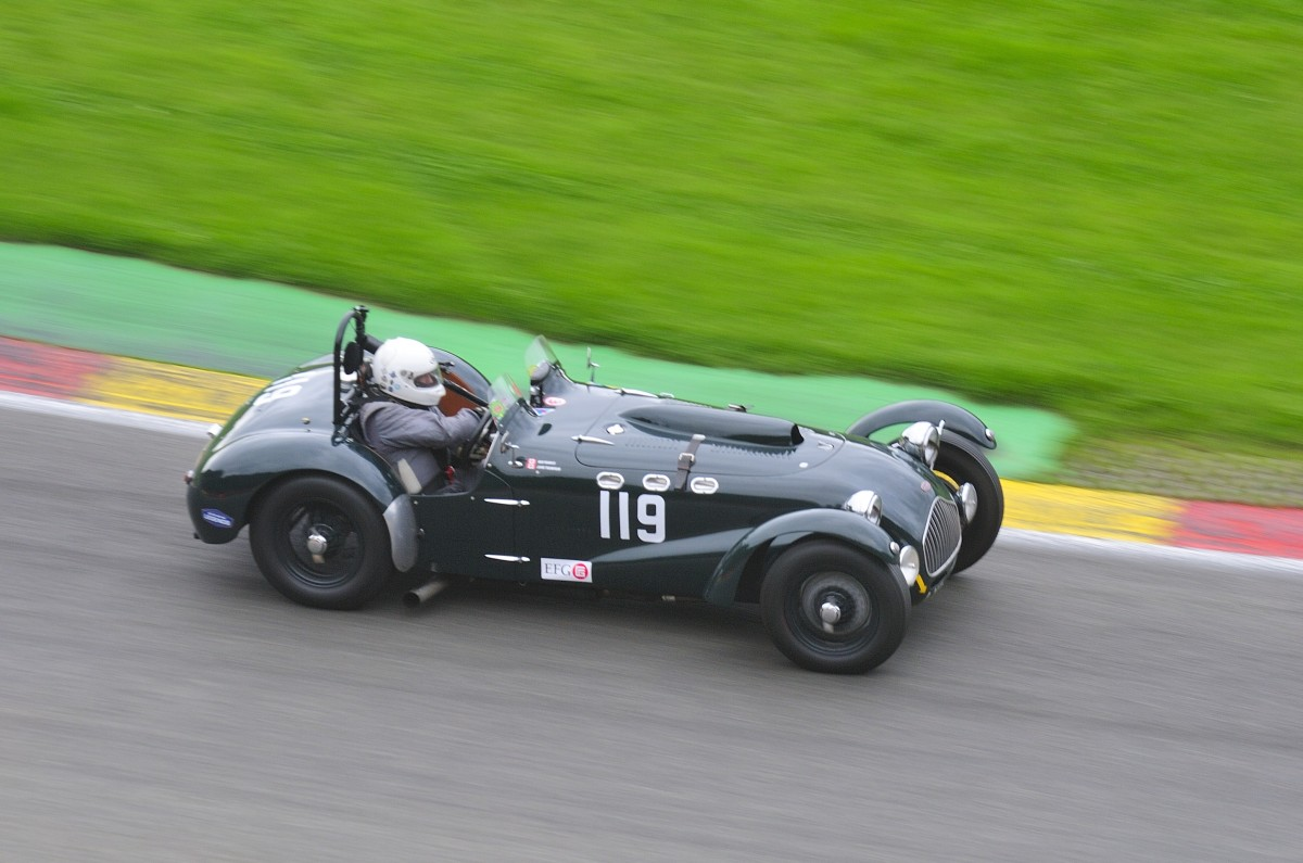 Nr.119 ALLARD J2, Closed Wheel Race, des Historic Sports Car Club im Rahmen der Classic SPA SIX HOURS 19.September 2015