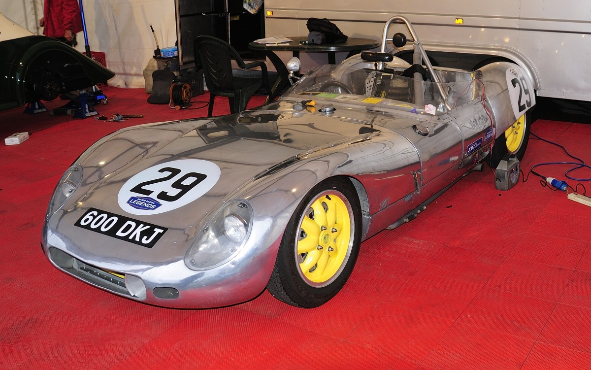 Nr.29 LOLA Mk1 Prototype,Bj:1958, 1220ccm, fürs 2.Rennen am Sonntag wieder raus geputzt Fahrer: SMT1 AHLERS Keith(GB)& BELLINGER James (Billy) (GB), Bei der Woodcote Trophy & Stirling Moss Trophy [Motor Racing Legends] SPA SIX HOURS 19.September 2015