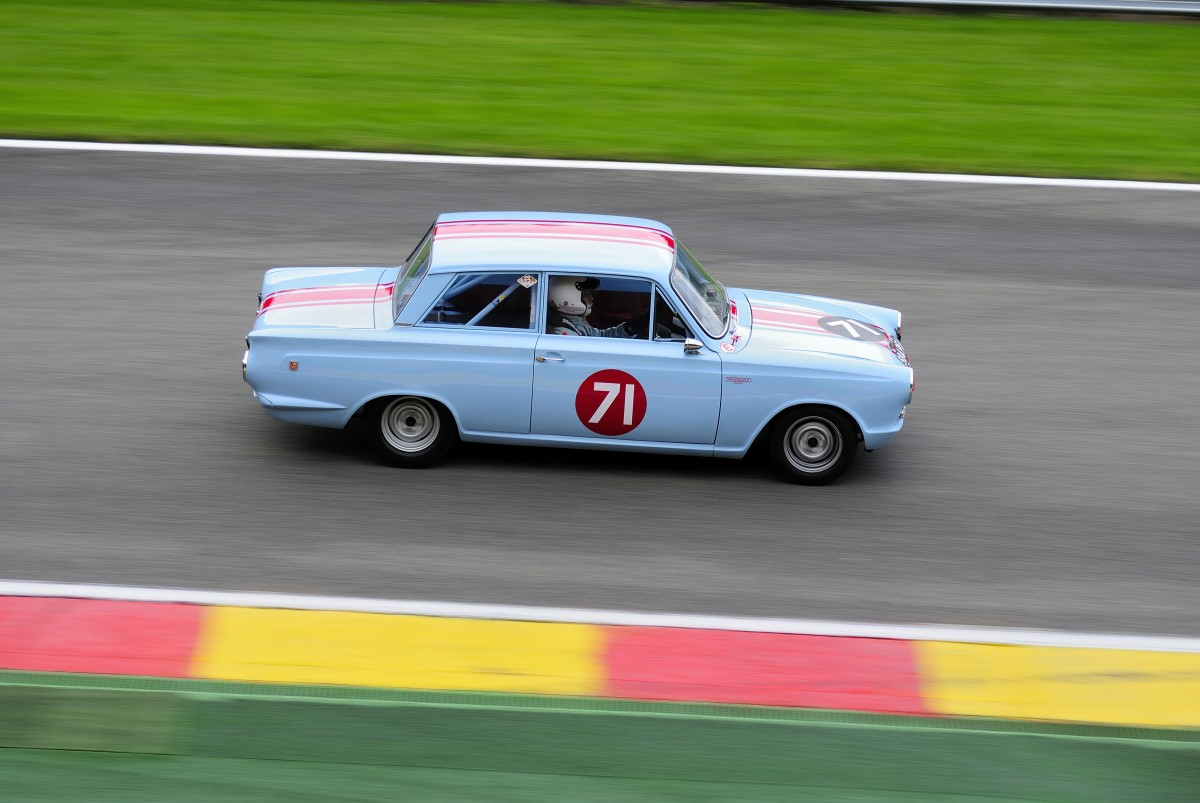 Nr.71 FORD Cortina GT, Bj.1963, 1530ccm, ALLENBY-BRYNE Joe (GBR),beim Closed Wheel Race, des Historic Sports Car Club im Rahmen der Classic SPA SIX HOURS 19.September 2015