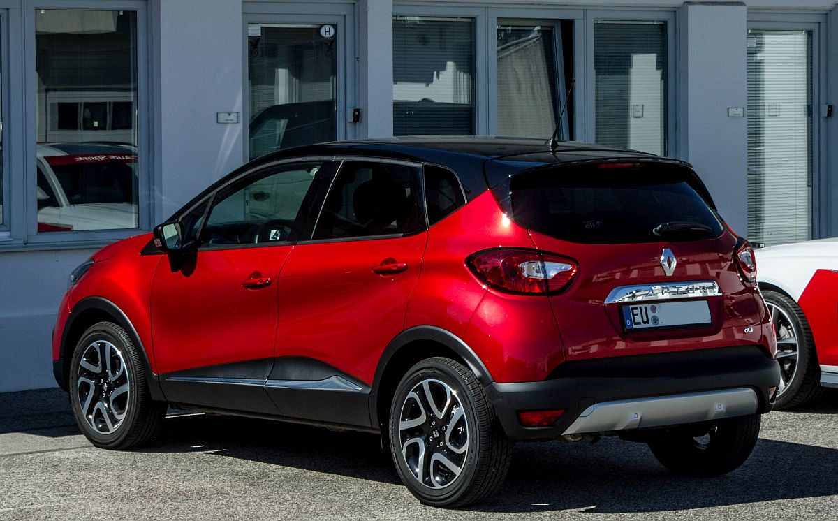 renault captur in dieser wirklich sch nen farbe ist von euskirchen bis zum hungaroring geriesen. Black Bedroom Furniture Sets. Home Design Ideas