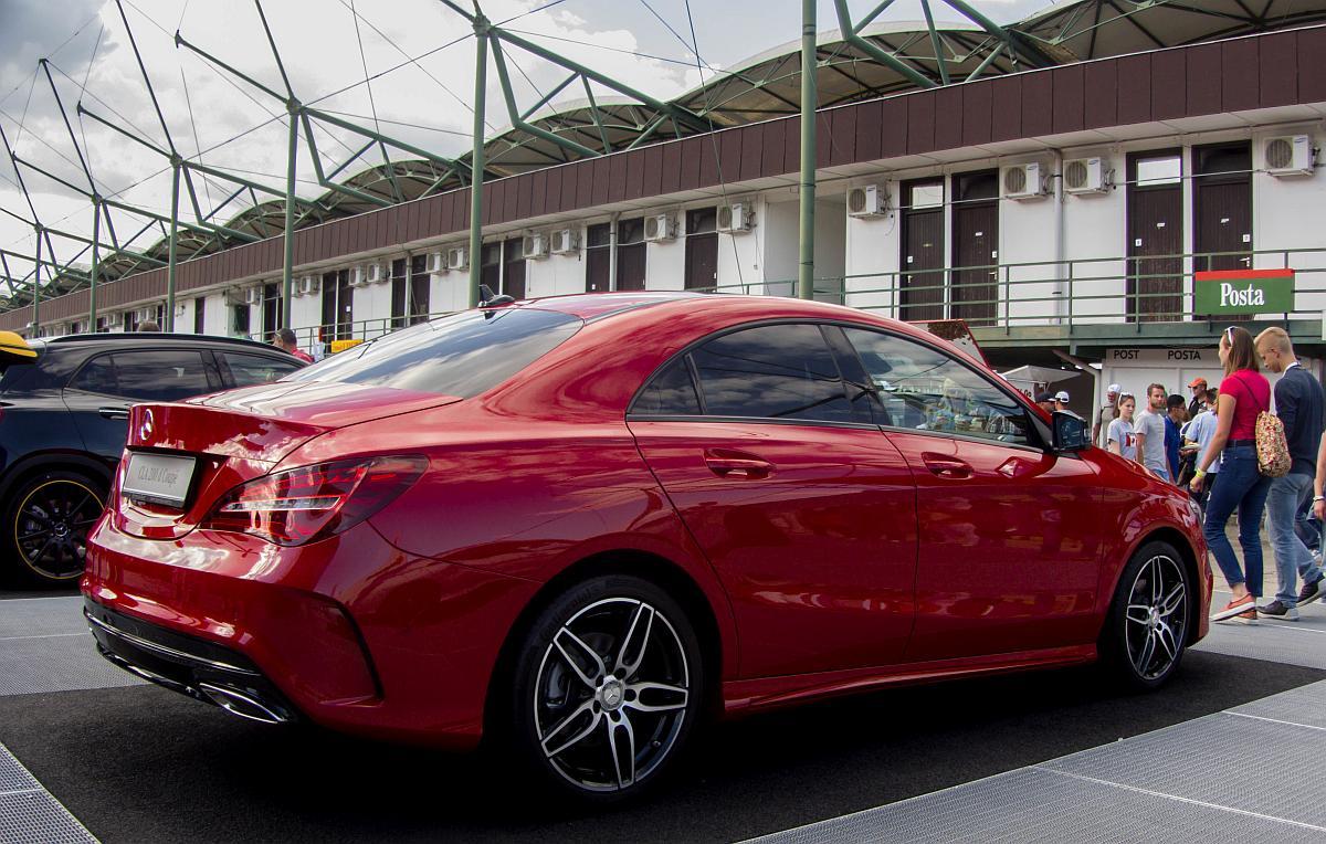 Mercedes-Benz A-Klasse Fotos