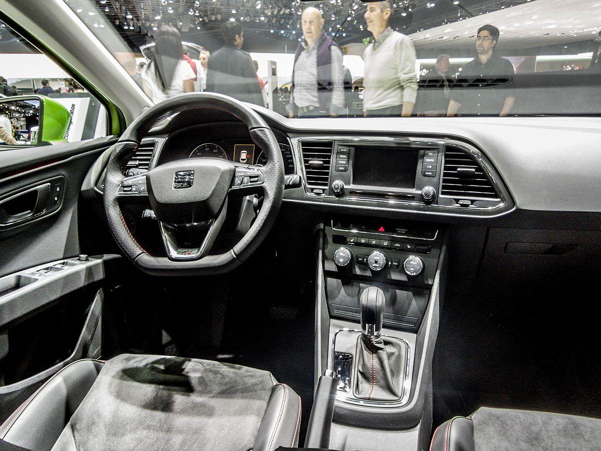 Seat Leon Fotos - Fahrzeugbilder.de