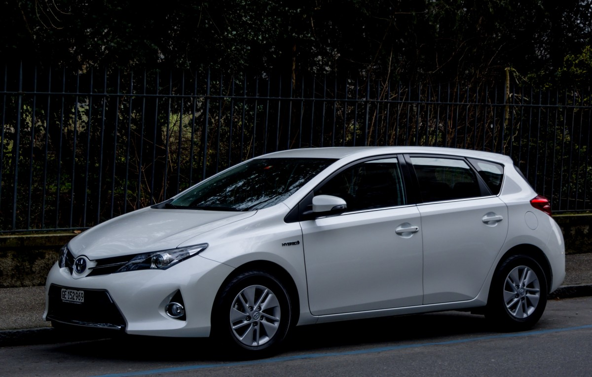 toyota auris hybrid taxi am in stockholm in. Black Bedroom Furniture Sets. Home Design Ideas