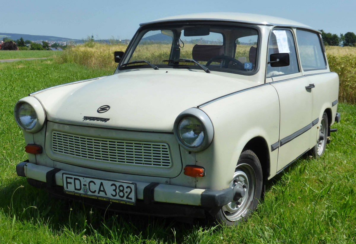 trabant pictures posters news and videos on your pursuit hobbies interests and worries. Black Bedroom Furniture Sets. Home Design Ideas