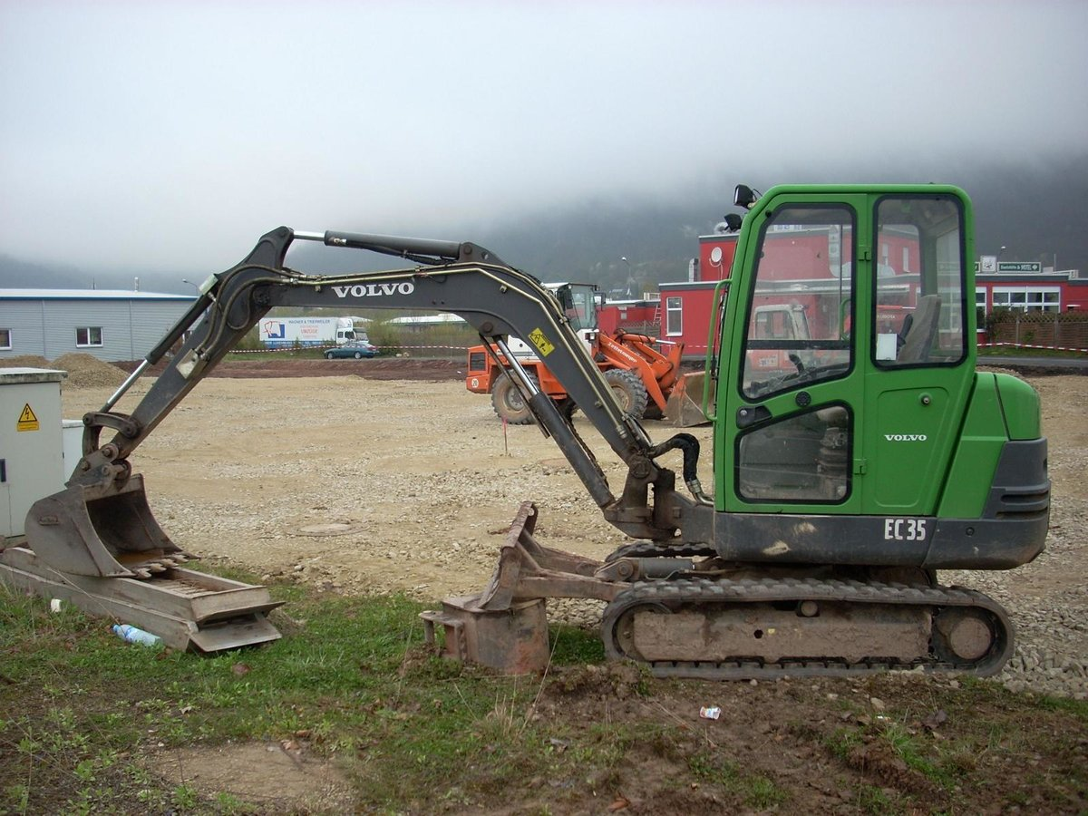 Volvo EC 35 am 20.04.2008 in Trier