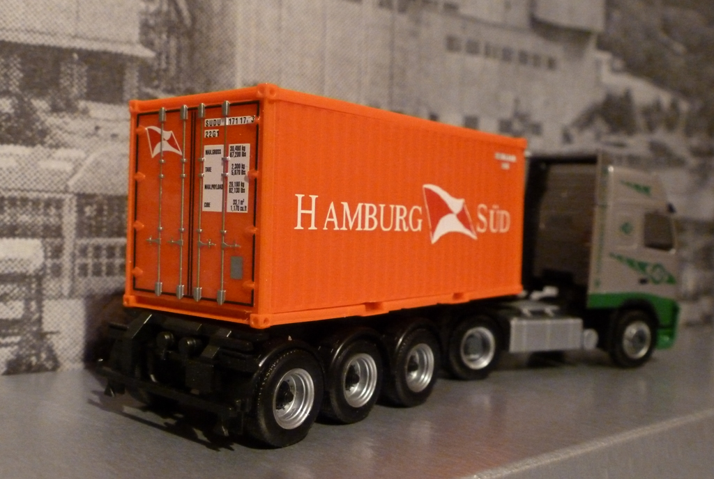 volvo fh 480 ekb hamburg s d 20ft bersee container heckansicht des herpa lkw. Black Bedroom Furniture Sets. Home Design Ideas