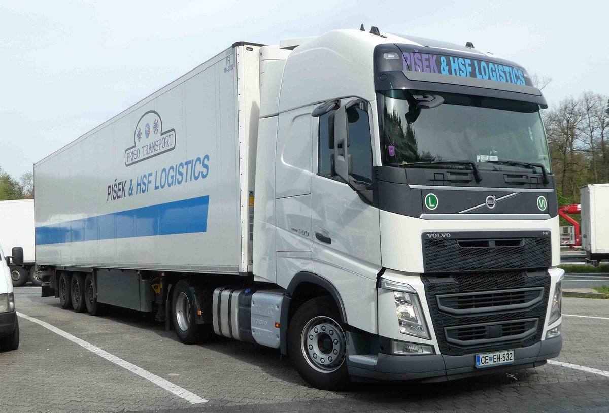 =Volvo FH 500 der Spedition  PISEK & HSF LOGISTICS  rastet im April 2019 an der A3