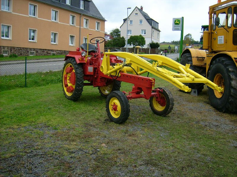 geraetetraeger-rs09-mit-hubarm-t150-3135