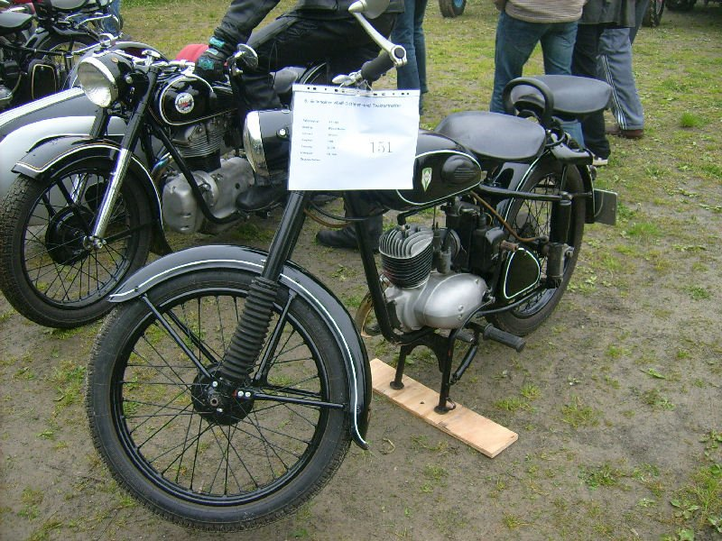 mz rt 125 beim oldtimertreffen in gr nhain. Black Bedroom Furniture Sets. Home Design Ideas