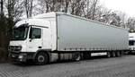 =MB Actros 1844 rastet auf dem Autohof Fulda Nord im Februar 2017