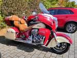 =Indian Roadmaster, steht auf dem Besucherparkplatz beim Fuldaer Autotag 2018 im August