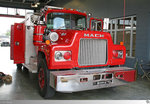 Mack R-Serie Rescue Truck  Belle Chasse Volunteer Fire Department District No. 2 Plaquemines Parish , aufgenommen am 26. Mai 2016 in Belle Chasse, Louisiana / USA.