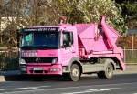 MB Atego 824 in  Barbie-Pink-Lackierung  - Euskirchen 29.11.2011