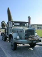 Ein LKW Magirus-Deutz Jupiter mit einer MGM-31A Pershing 1A Rakete auf dem Sattelzugauflieger im Lufwaffenmuseum Berlin-Gatow.