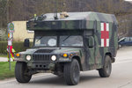 Maxi Ambulance M997A2 HMMWV (High Mobility Multipurpose Wheeled Vehicle) der 173rd Brigade Support Battalion (Sanitätsunterstützung)der U.S.