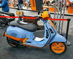 Piaggio GTS 300  Gulf Racing . 24,7 PS. Zahlreiches Tuning. Foto: Berliner Motorrad Tage, BMT, 08.02.2019