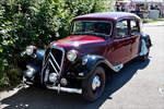 . Citroen Traction Avant stand am 01.07.2018 am Strassenrand.