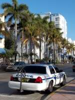 Ein Polizeiauto der Miami Dade Schools am Ocean Drive in Miami Beach am 26.02.2011.