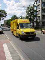 Ein DHL Mercedes Benz Sprinter am 11.06.11 in Frankfurt am Main