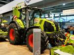 Claas Axion 870 am 18.11.17 auf der Agritechnica in Hannover
