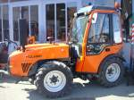 Holder F780,  Schmalspurtraktor mit Deutz 4-Zyl.Turbodiesel,  77PS aus 3620ccm, 40Km/h, Bj.2010,  April 2010